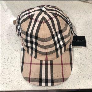 NWT Burberry Classic Print Baseball Hat
